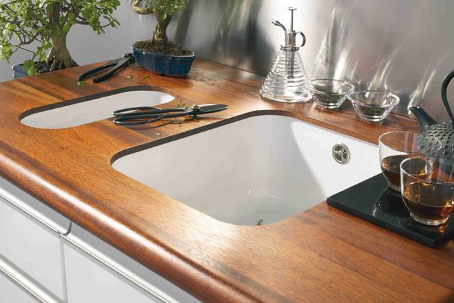 Elija una encimera de madera maciza para un ambiente cálido en la cocina: fácil mantenimiento