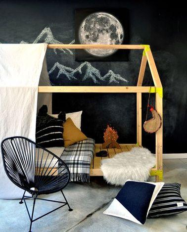Hacer una cama de cabina para la habitación de una niña no es complicado: solo se necesitan unos listones de madera y un poco de tiempo para hacer este mueble único.