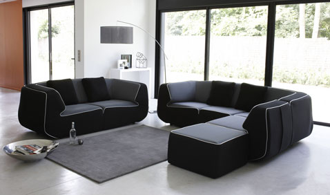Sofá de tela fácil de limpiar para completar con otomana y sillón rinconera Bump at Made in design