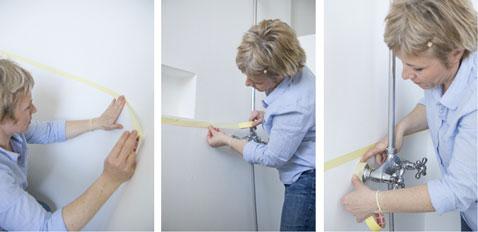 Antes de pintar el baño y la ducha, delimita las superficies que recibirán la pintura con cinta de pintura