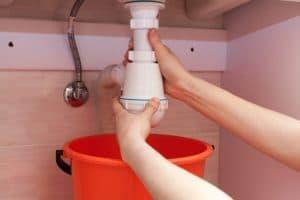 ¿Cómo eliminar los olores del fregadero ?