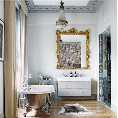 pintura en la bañera para un estilo retro, concha pintada en color gris metalizado