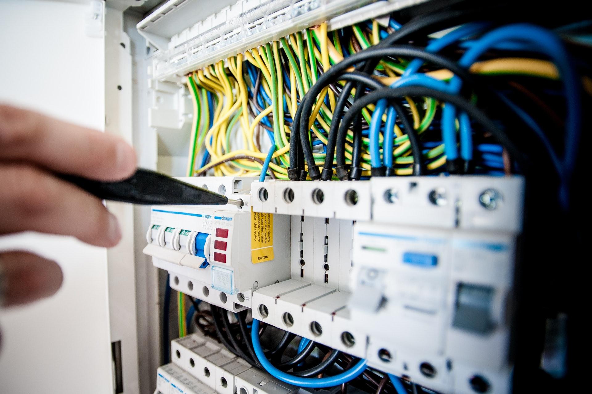 Disyuntores de panel eléctrico