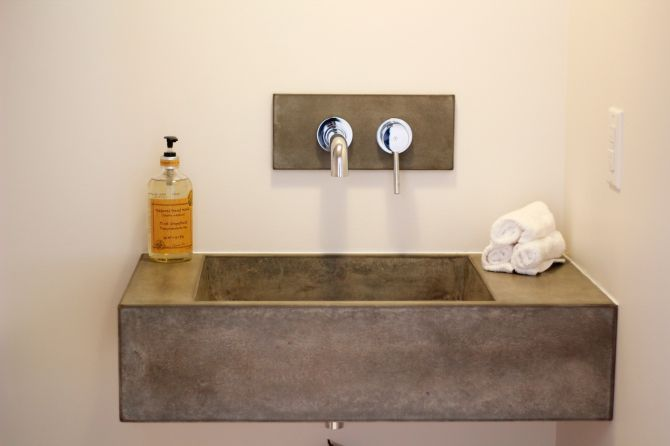 Lavabo de baño de hormigón arquitectónico