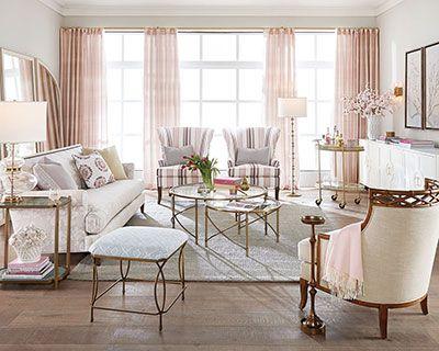 Butacas de lujo de madera con tapicería blanca