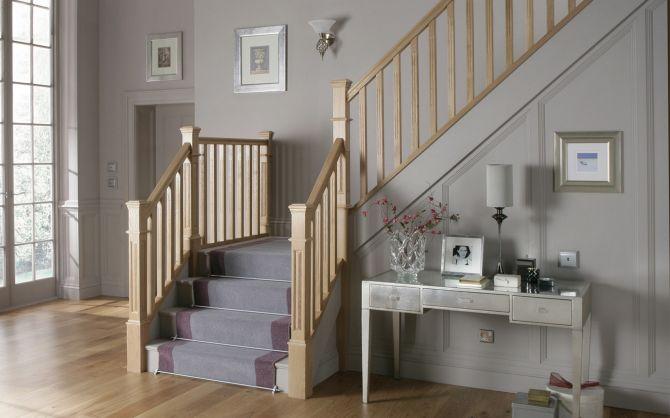 barandilla de escalera de madera_Cita de renovación