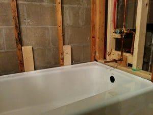 Cómo desmontar una bañera de hierro fundido