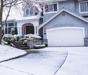 Cómo proteger tu escalera exterior durante el invierno