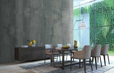 Dale un estilo industrial chic a un salón con la pintura efecto cemento en dos tonos de gris aplicada a una o más paredes.  Aquí está el Barcelona gris y Los Ángeles Loft Original gris de ID