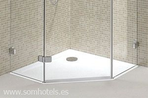 Plato de ducha triangular
