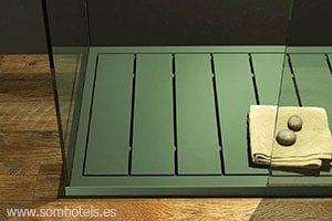 Plato de ducha verde