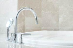 Cómo quitar las manchas de óxido de la bañera
